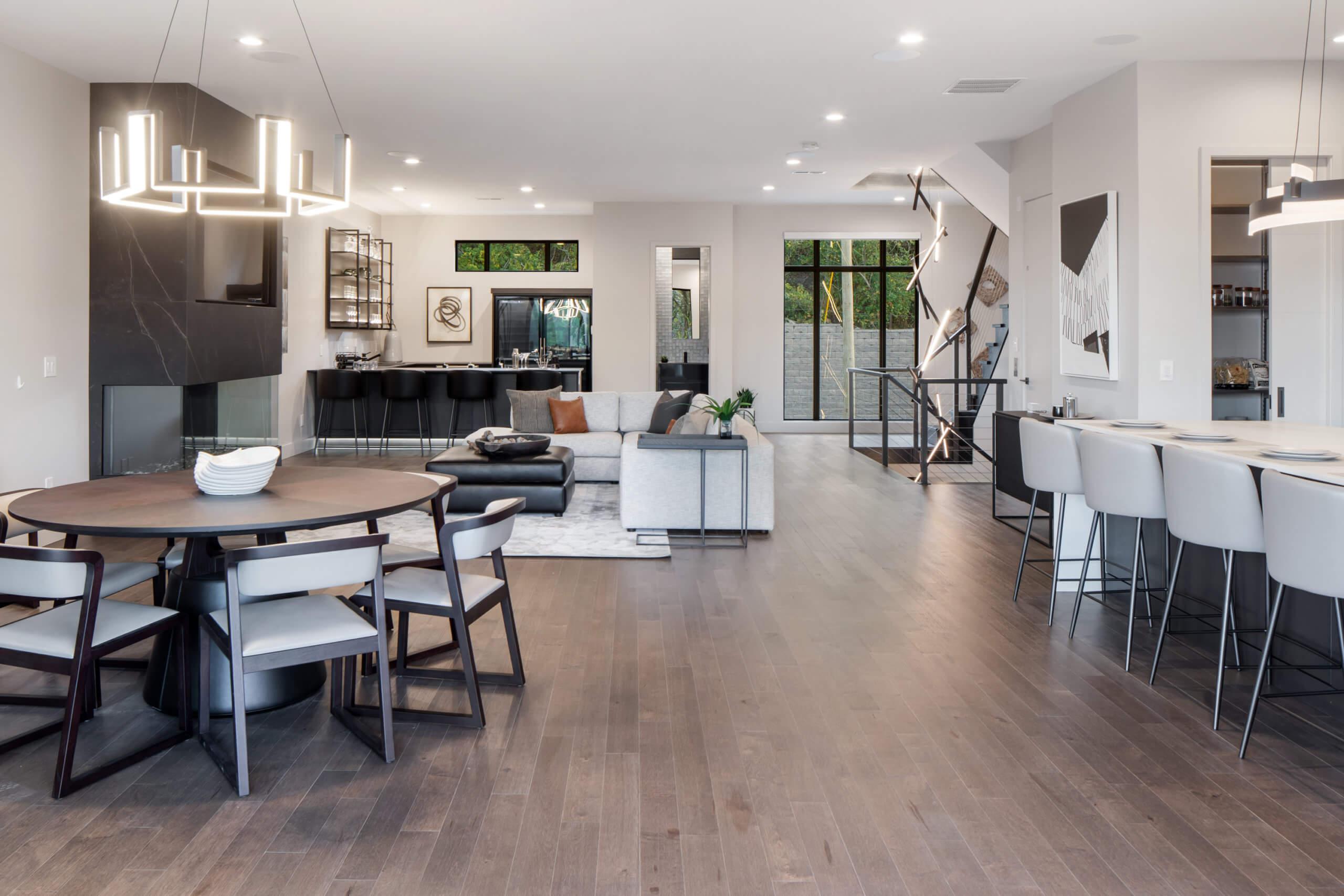 Modern and contemporary living space of a custom Cincinnati home. Interior Design by RM Interiors.