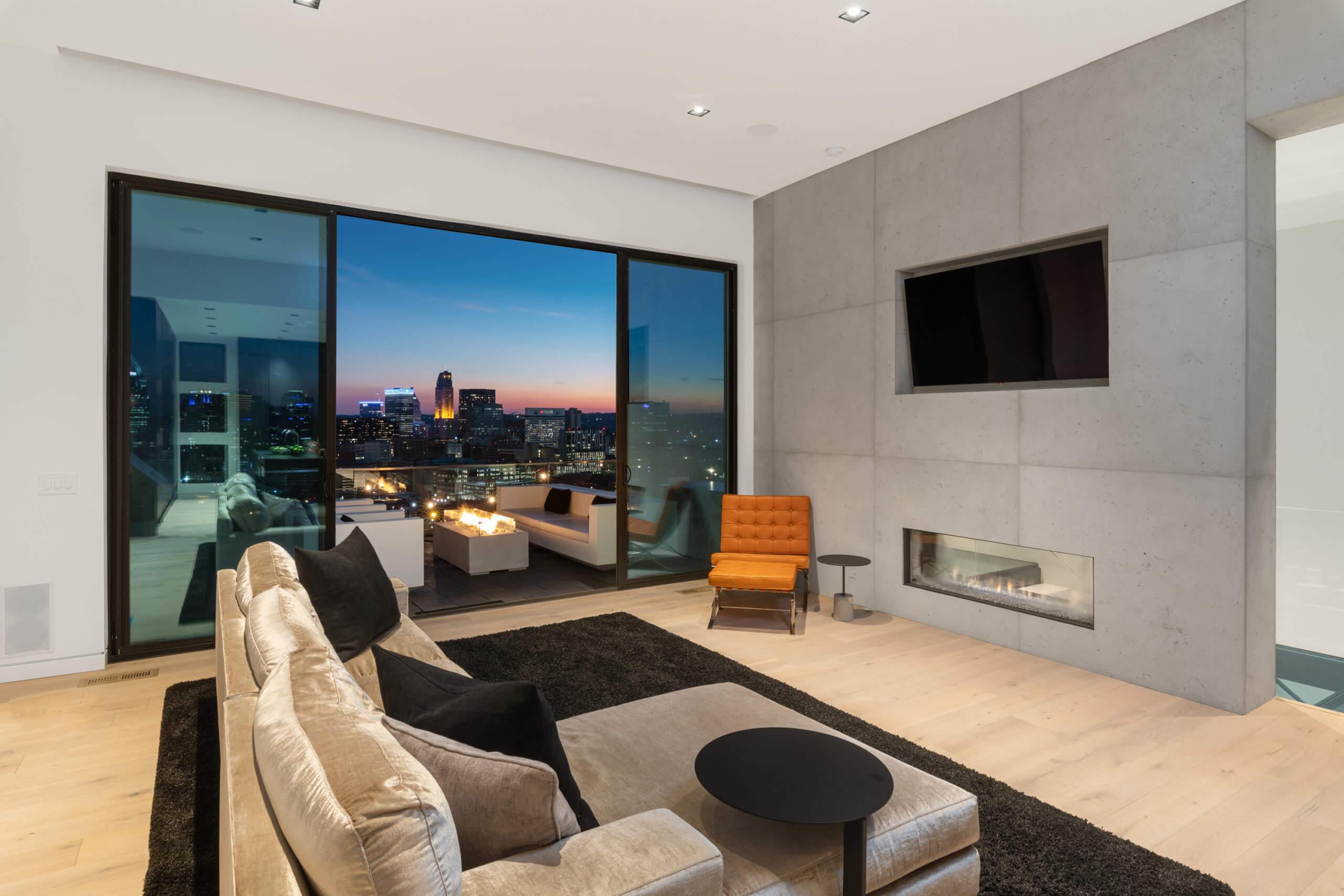 Modern Living Room Interior Design by Cincinnati Interior Designer RM Interiors