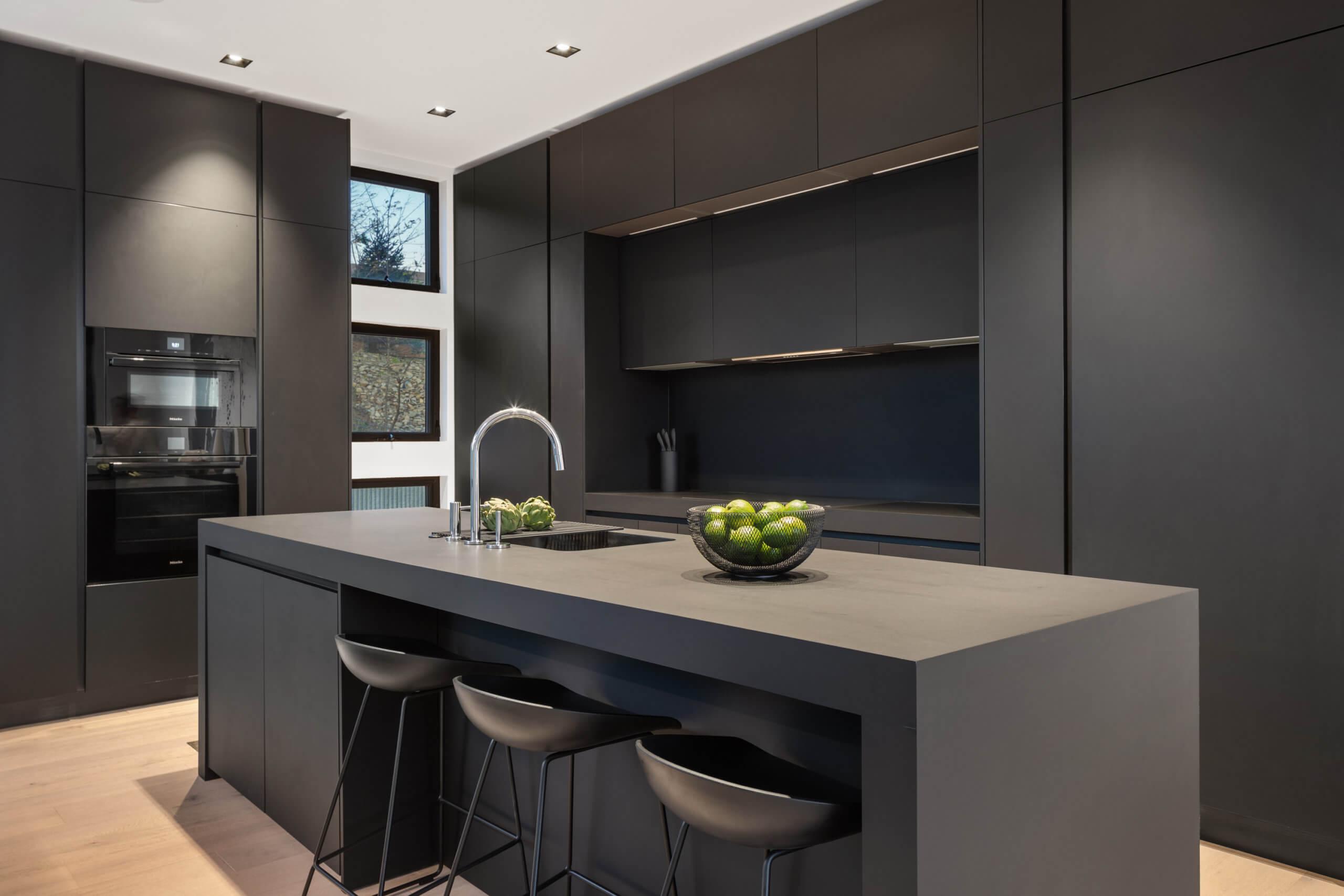 Custom European Kitchen Design in Cincinnati by Interior Designer RM Interiors